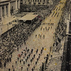 Fifth avenue, 65.000 marchers painted by